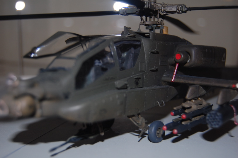 AH-64A Apache U.S. Army Attack Helicopter – Hasegawa 1/48