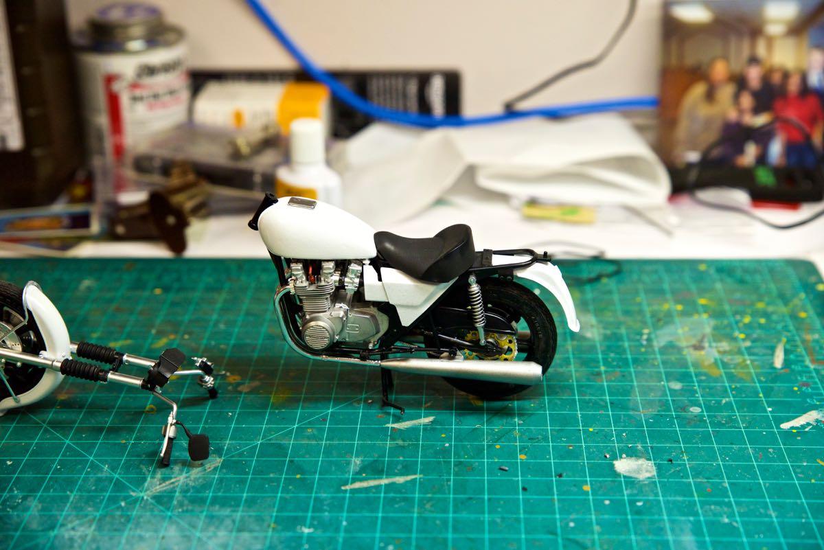 1/12 Kawaskai 1000 Police Motorcycle